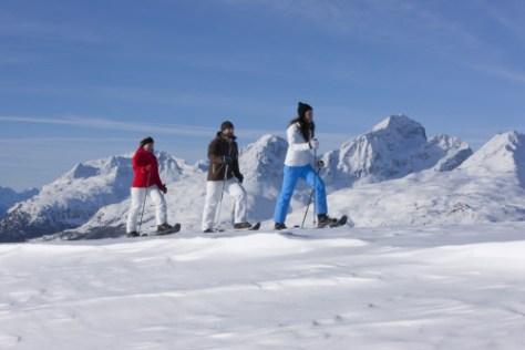 ENGADIN St. Moritz: Schneeschuhwanderung auf Muottas Muragl
