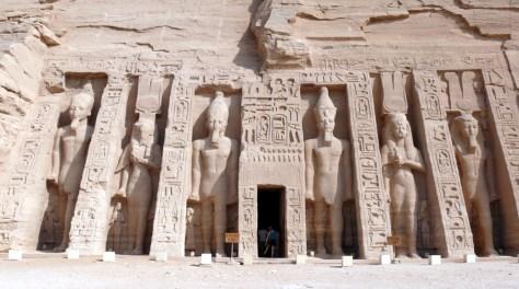 Abu_Simbel_Small_temple