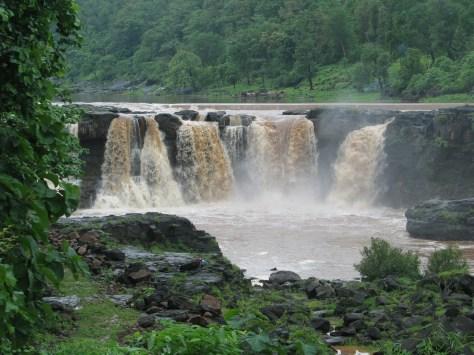 Gira Waterfalls in Dangs, Gujarat. Photo: http://pandyadhaval.blogspot.in/