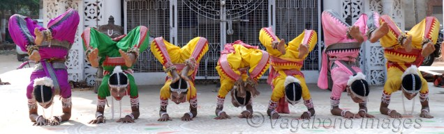 The dance is executed by a group of boys who perform acrobatic figures inspired by the life of Radha and Krishna