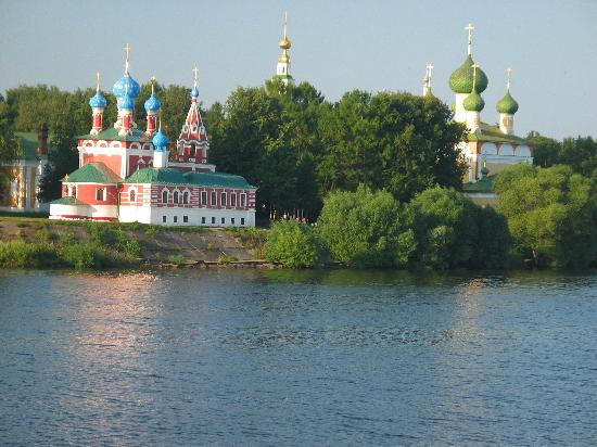 uglich-church
