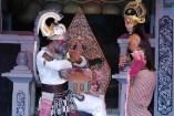 Hanoman meets Sinta in Alengka