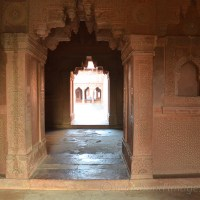 Basking in glory : Fatehpur Sikri in lensview