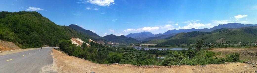 Cu Đê river - mountains