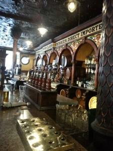 Crown Liquor Saloon, en Victoria Street, Belfast