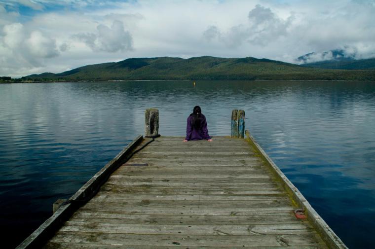 Te Anau, puebo a 121 km de Milford Sound, con su gran lago