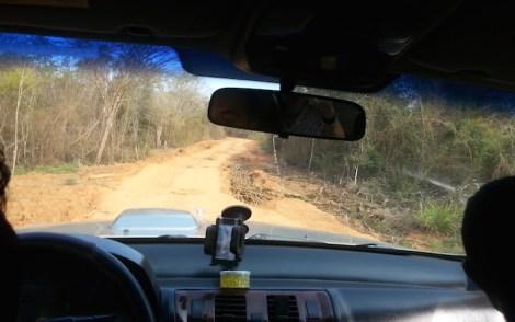 En 4x4 por la pista de tierra de Morondava al Parque Nacional de los Tsingy
