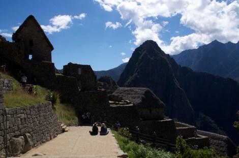 Vistazo final a la ciudad, tras finalizar el recorrido y antes de abandonar Machu Picchu