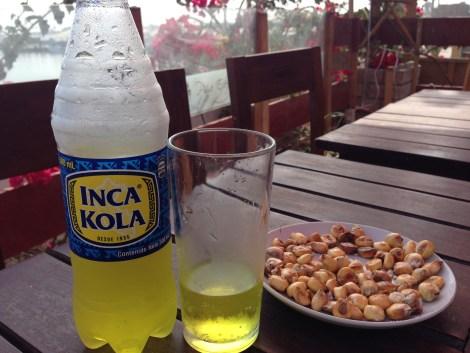 Donde fueres, haz lo que vieres: una inka cola y un aperitivo de maíces
