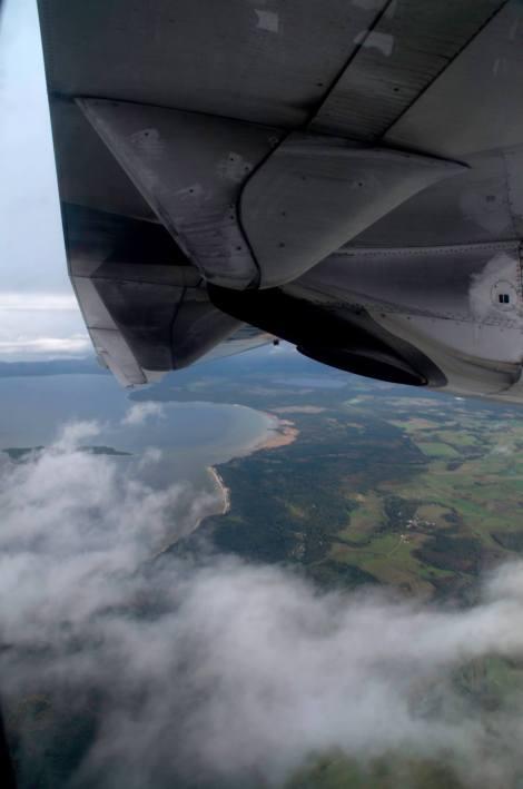 Otra vez nos toca un largo recorrido en avión...