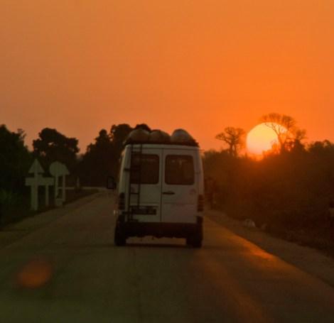 Nos espera un road trip por Sri Lanka ¡pero sin pegarnos palizas a conducir!