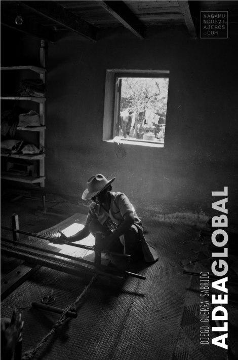 """Cartel de la exposición de fotos """"Aldea Global"""""""