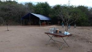 Hora del té en el campamento Wilpattu Big Game. Sri Lanka