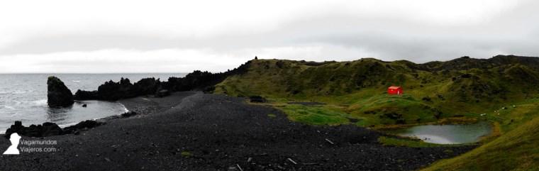 La playa negra de Dritvik en la península Snaefells