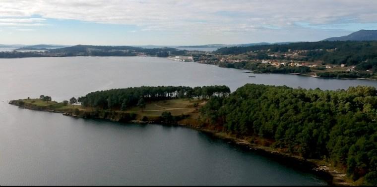 Península en el municipio de Boiro donde se encuentra el Museo Arqueolóxico do Barbanza y los castros de Neixon