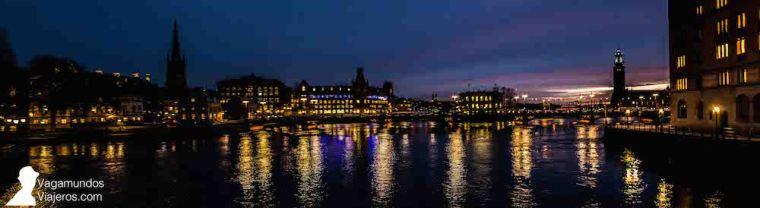 Paisaje nocturno de Estocolmo