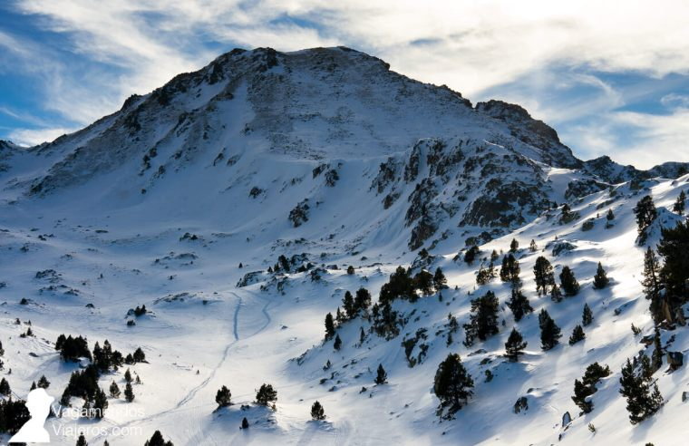 Nieve y montañas de Grandvalira, Andorra