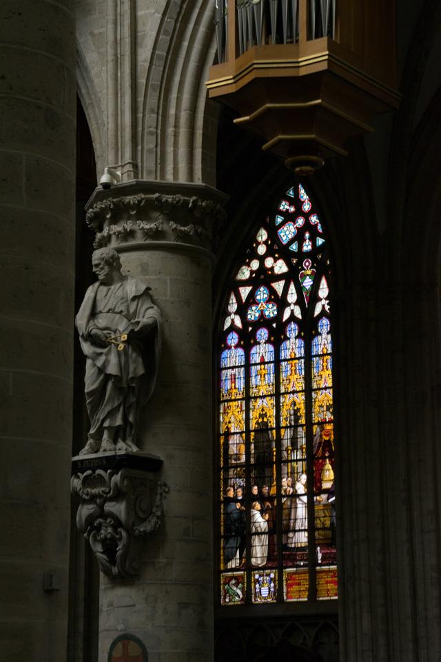 Interior de la Catedral de Bruselas