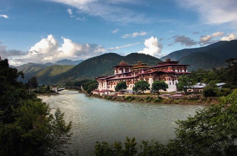El dzong de Punakha, con fama de ser el más bello de Bután