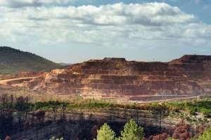 Una de las cortadas a cielo abierto en las minas de Riotinto, Huelva
