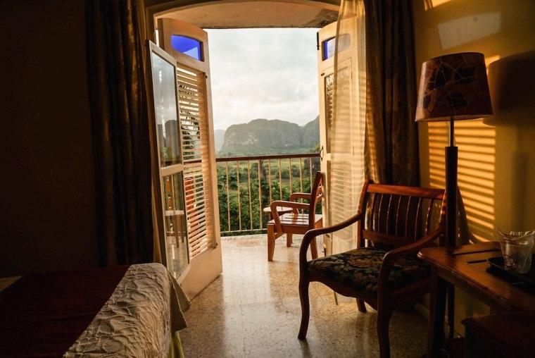 Habitación en hotel Los Jazmines con vistas al valle de Viñales
