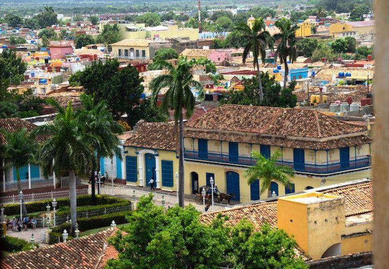 La Plaza Mayor de Trinidad vista desde el campanario del Museo de Bandidos, antiguo convento de San Francisco
