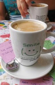 Café de huevo en el Note Coffee de Hanoi