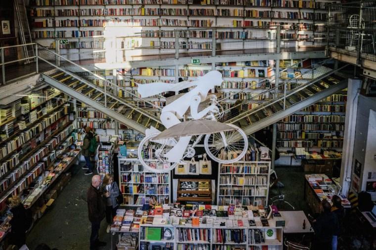 Librería Ler Devagar en Lx Factory, Lisboa