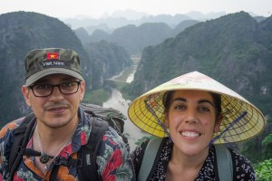 Vistas de Tam Coc desde el mirador en lo alto de Mua Cave
