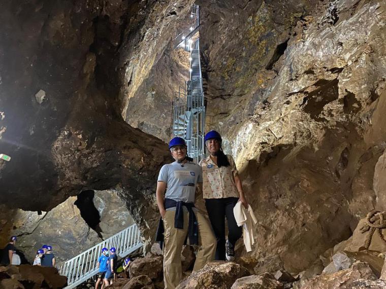 En la visita guiada por el interior de la Mina Rica, Almería