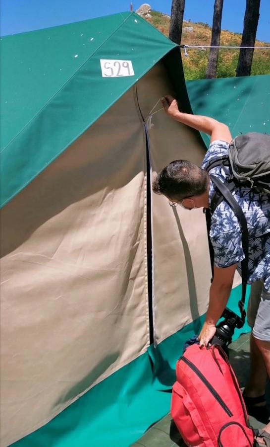 Nuestra tienda en el camping de las islas Cíes