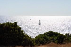 Vistas de la costa mientras se recorre el percurso dos Sete Vales Suspensos