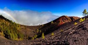 Volcán Martín (con arco iris) en la ruta de los Volcanes en La Palma