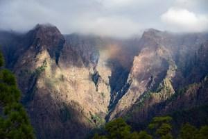 Vista de la Caldera de Taburiente desde el mirador de los Roques, La Palma