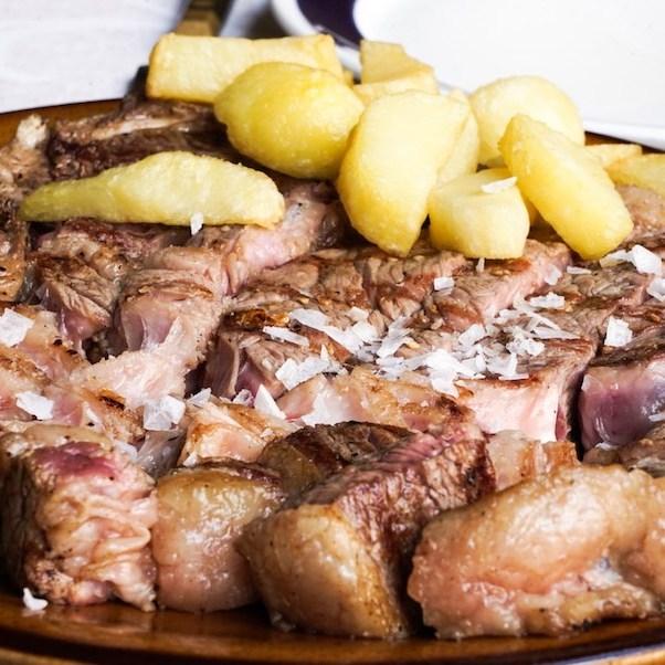 Chuletón en el restaurante Las Cancelas, Ávila