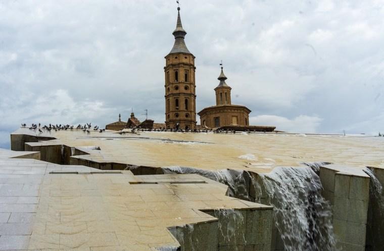 Fuente de la Hispanidad en la Plaza del Pilar, Zaragoza