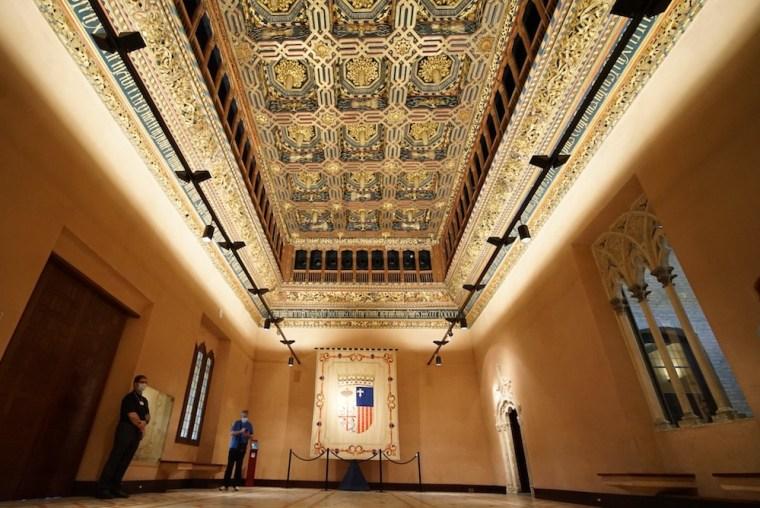 Espectacular techo mudéjar en el interior del Palacio de Alfajería de Zaragoza