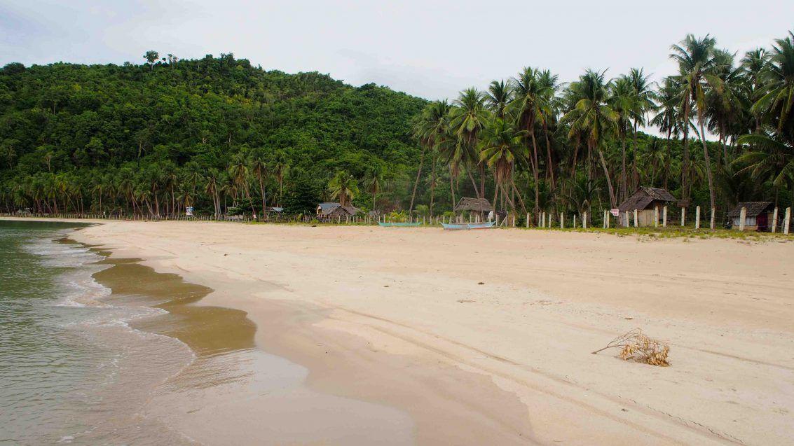 nacpan-beach-mejores-playas-el-nido