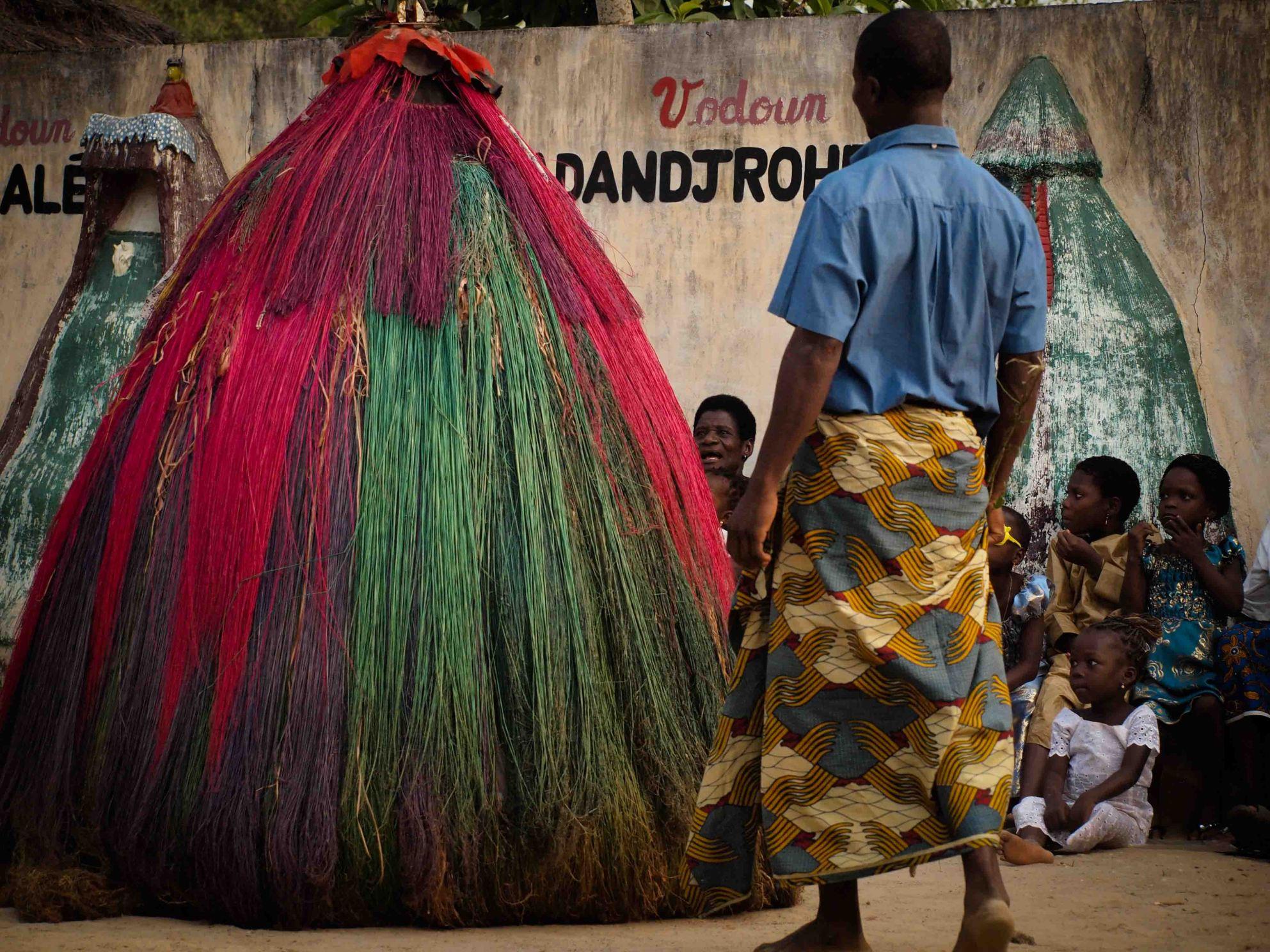 zangbetos-africa-benin