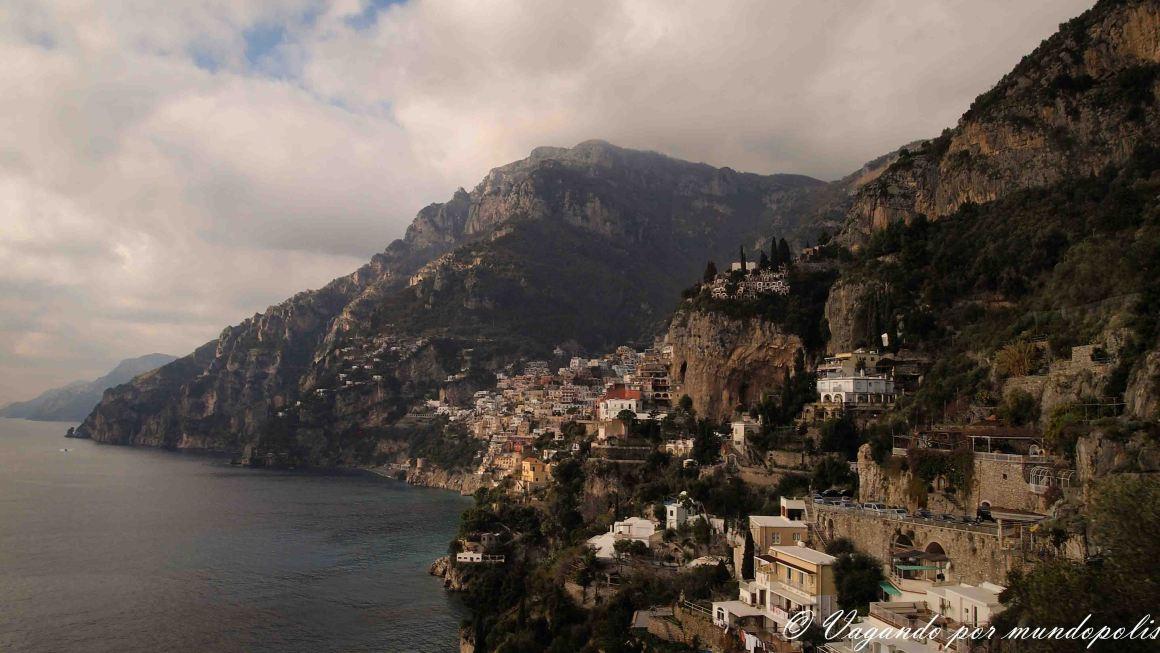 turismo-alrededores-de-napoles-costa-amalfitana