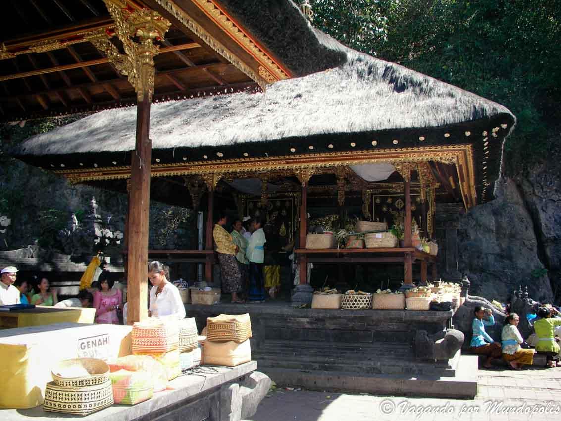 Pura-Goa-Lawah