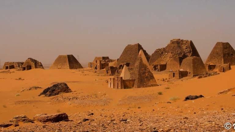 Que ver en Meroe: Las pirámides del Reino de Kush