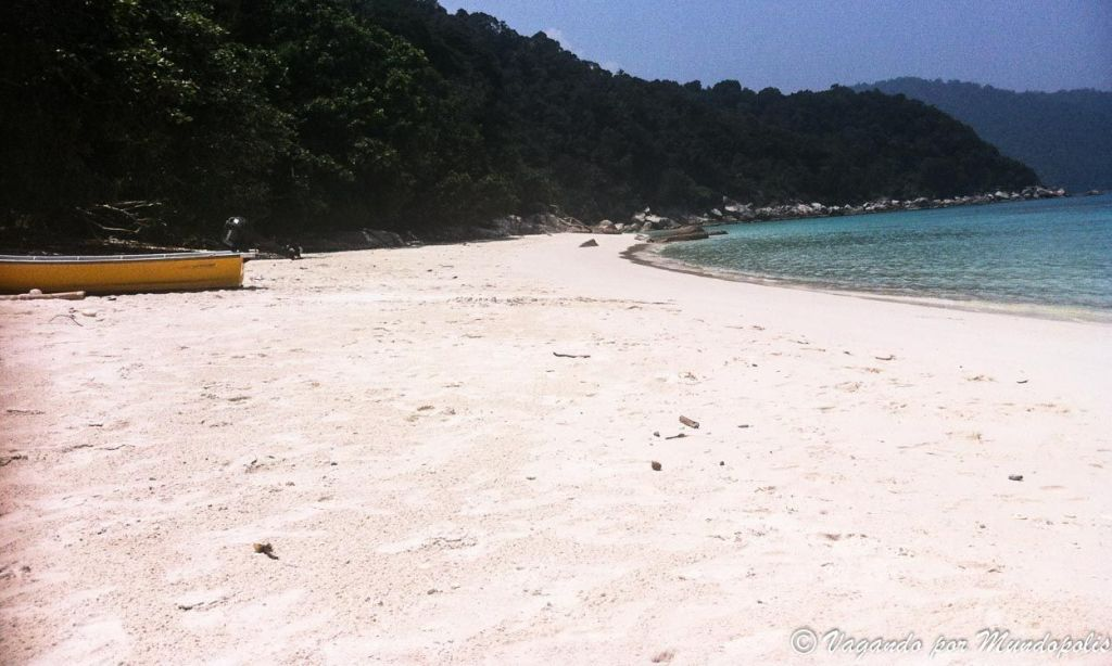 turtel-beach-perhentian-besar