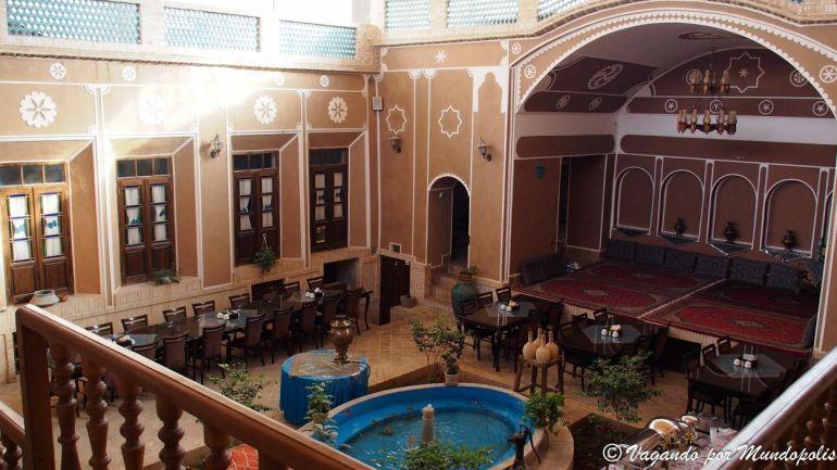 firoozeh-hotel