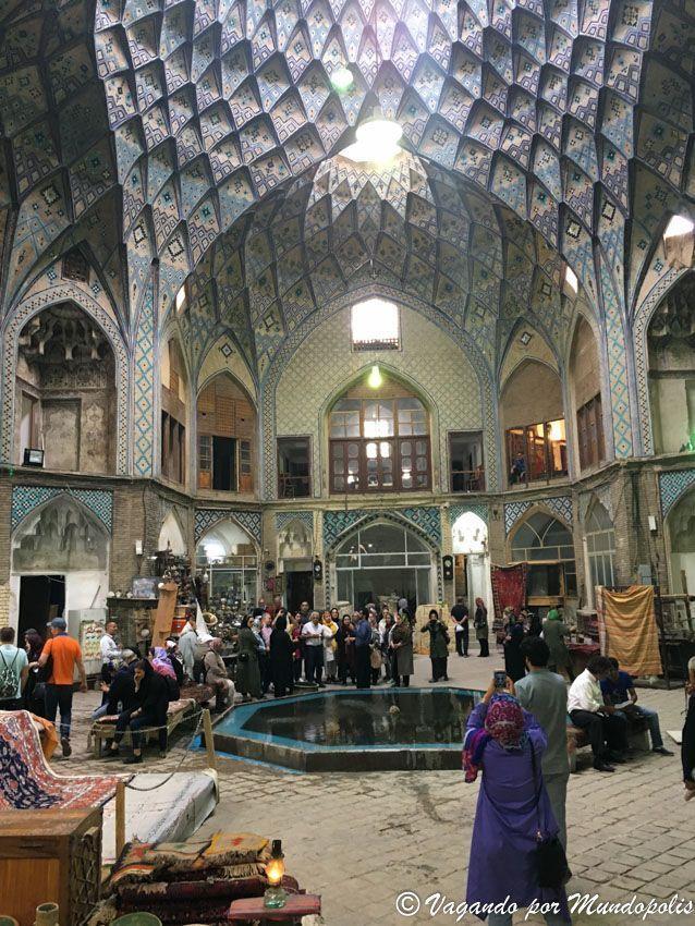 caravanserai-bazar-kashan