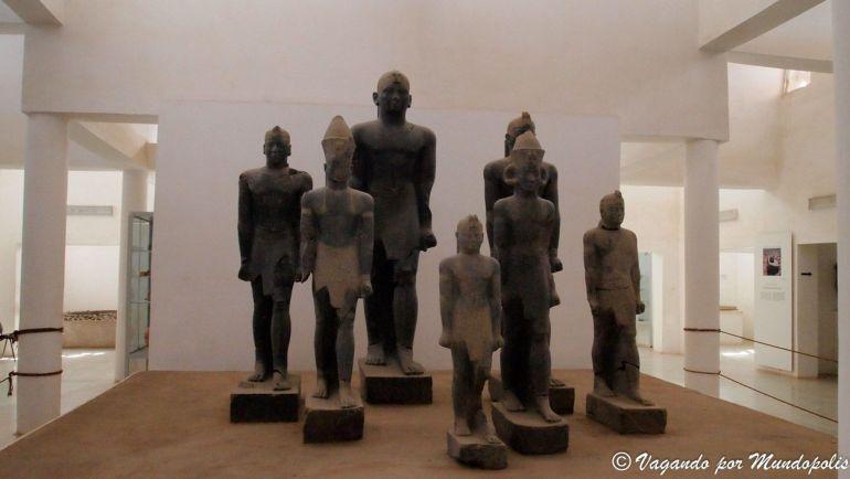 estatuas-faraones-negros