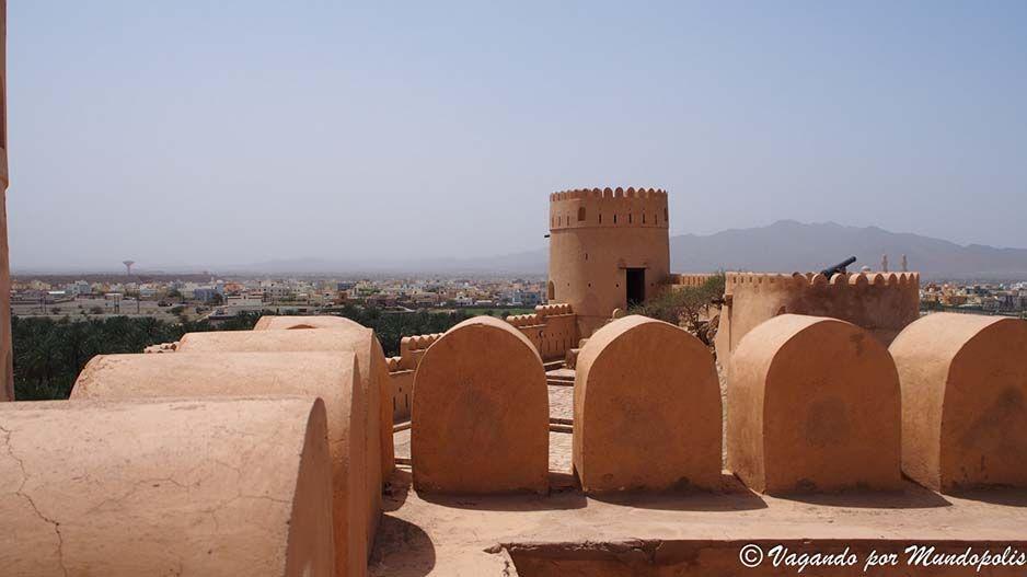 castillo-nakhal-oman