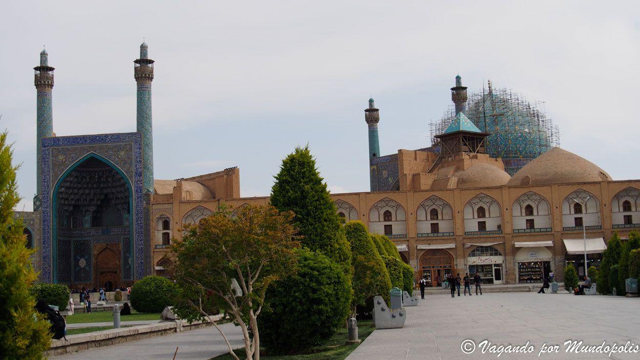 plaza-real-isfahan