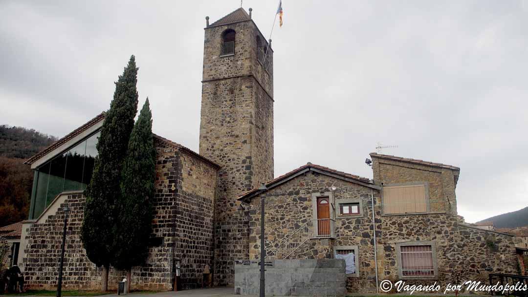 iglesia-san-salvador-castellfollit-de-la-roca