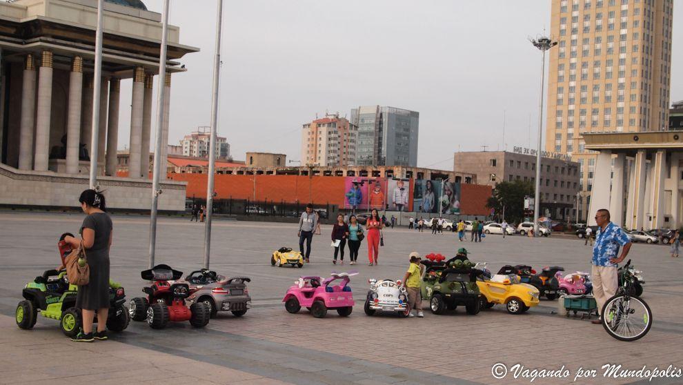 sukhbaatar-square-que-ver-en-ulan-bator
